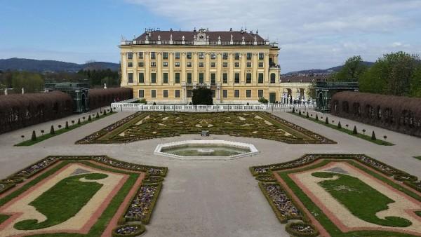 Schloss Schönbrunn mit seinem Park