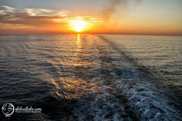 Beim Blick auf das endlose Meer sind die negativen Seiten des Schiffslebens schnell vergessen.