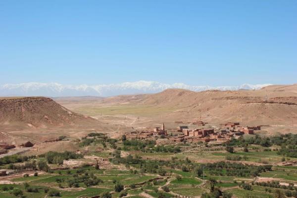 Ausblick von Aït Ben Haddou ins Tal