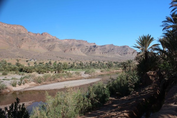 © Jaro Pustul: Draa Valley mit Blick auf den längsten Fluss Marokkos.
