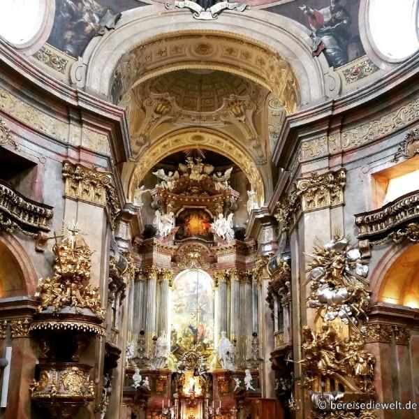 Peterskirche Interieur