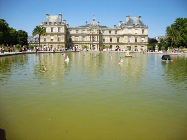 Jardin du Luxembourg mit See