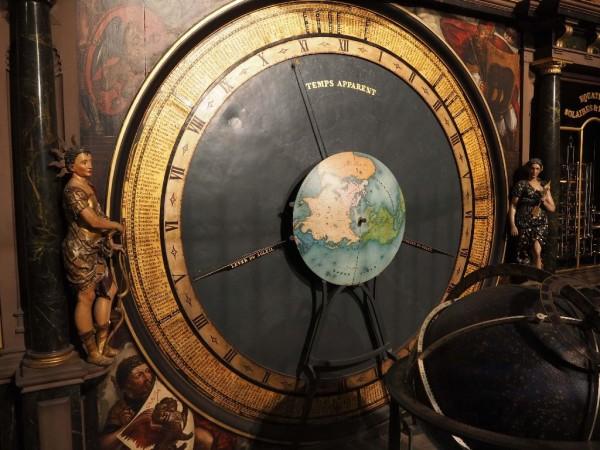 Astronomische Uhr im Straßburger Münster Zeit