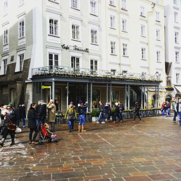 Sehenswürdigkeiten in Salzburg_Café Tomaselli außen