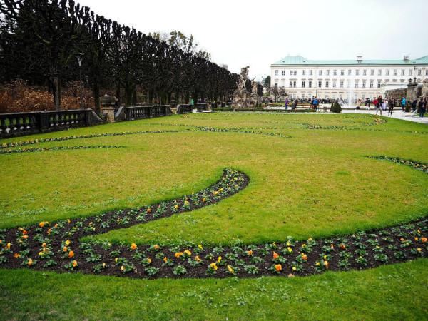 Sehenswürdigkeiten in Salzburg_Mirabellgarten_Blumen