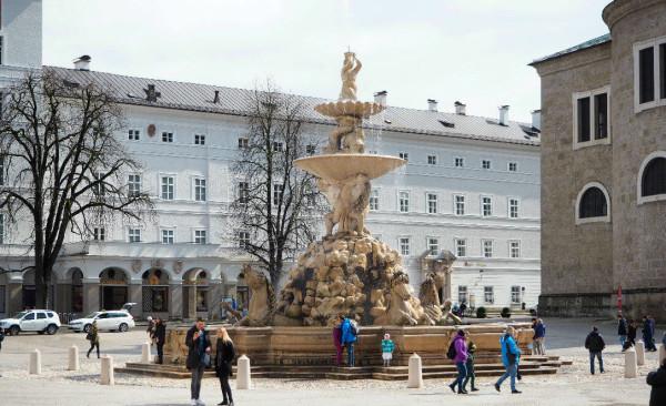 Sehenswürdigkeiten in Salzburg_Residenzplatz