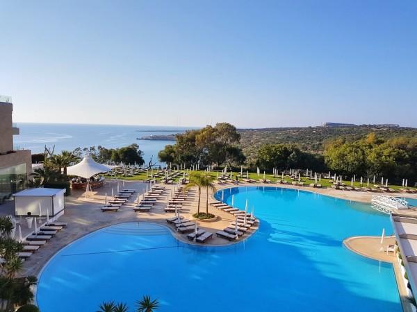 Grecian Park Hotel Aussicht Terrasse