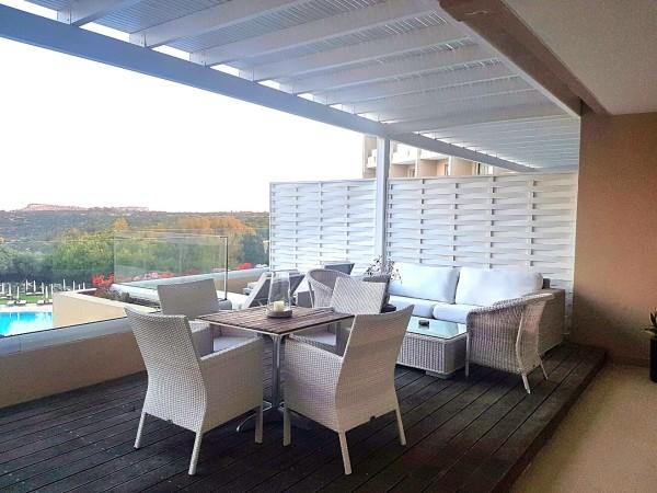 Grecian Park Hotel Terrasse