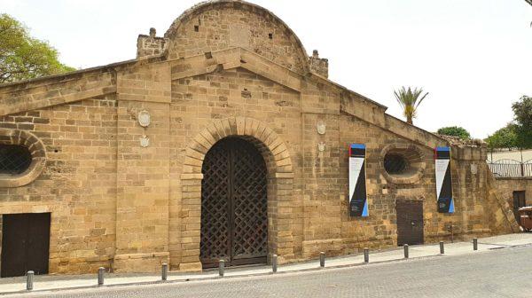Zypern Highlights Nikosia Famagusta Tor