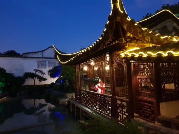 China-Suzhou-Garten-des-Meisters-der-Netze-01