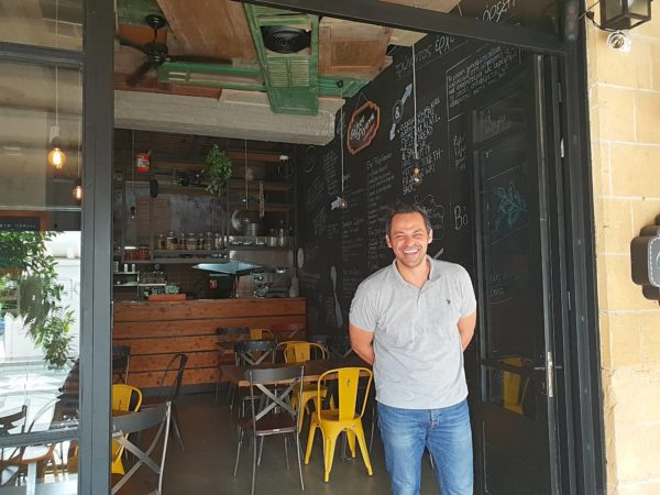 Zypern Nikosia Restaurant Valtou Rigani Marios Efstathiadis